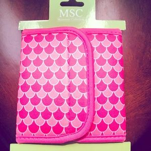 Scales Velcro koozie super cute for spring
